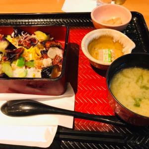 [大戸屋さん] 夏野菜たっぷり!うなぎ ちらし重