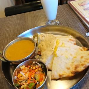 カボチャチーズナンでたべるインドカレーとチートなday+最後のダイエット記録68,69