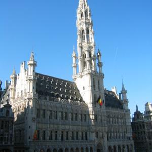 ブリュッセルには小便小僧だけでなく、、、