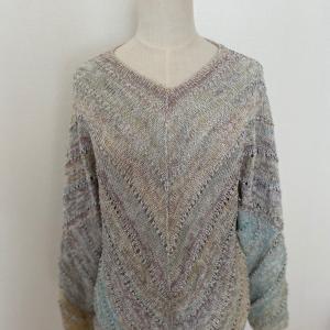 アストロの斜め編みセーター