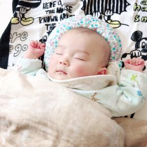 赤ちゃんの向き癖の治し方(直し方)⑦ドーナツ枕