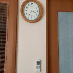 すぐ買い替える私なのに、、、この時計は諦めきれない(>_<)・・・掛け時計選び!/マラソンお買い物準備