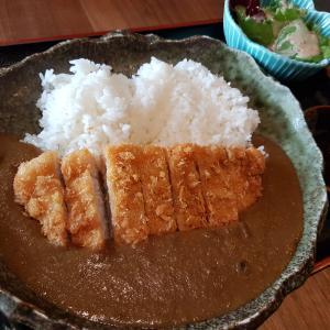 和風だしのカレーも美味しい「鉄板割烹けん司」のランチ