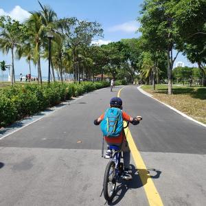 CNY、イーストコーストパークでサイクリング。