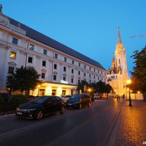 ブダペスト&スロヴェニア周遊3 - ただいまブダペスト!空港からヒルトンホテルへ!私が選んだ移動方法はminiBUD!