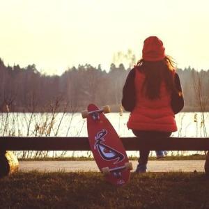 LINEのスケートボードのプロフィール背景用無料画像を配信中