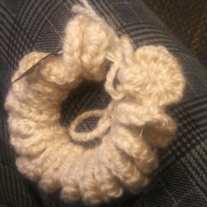 16日朝も残る雪☃?!出かけるかどうか悩み中?!と「カギ針編しめ縄リース」始めました♪_no.2
