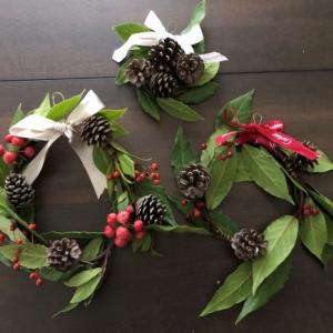 クリスマスリース作り~広島から秋のお土産を使って~