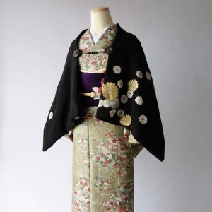 黒留袖リメイク/モモンガ着物(KIMONO)羽織り菊満開、ストールにもなる2wayアイテム販売中