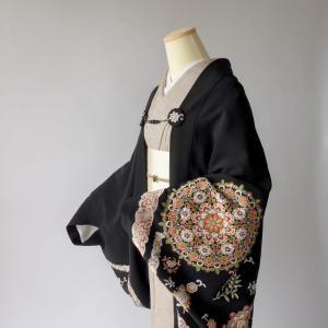 黒留袖リメイクセミオーダーメイド/モモンガ着物羽織制作/呉県刺繍