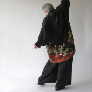 着物リメイク/黒留袖新生地からイレギュラーヘムのドレープジャケット制作