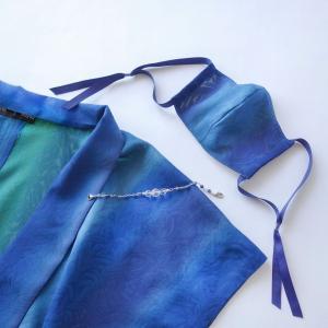オーダーメイドご依頼 袖なし長羽織制作 ターコイズとエメラルドの正絹新反物使用
