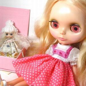 Kenner Blythe Honey Blonde