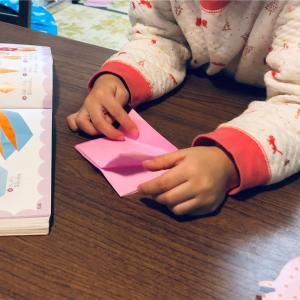 """""""折り紙""""は、子供の心の成長と知育につながる最高の遊び道具"""