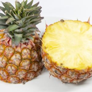 話題の台湾パイナップル!が…酸っぱい…かたい…!?