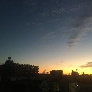 朝のソラ (トランプ勝利!)