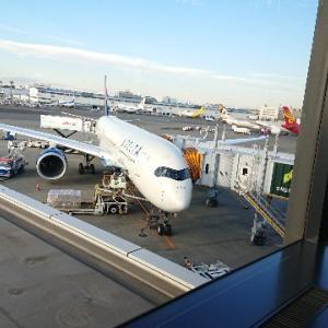 「デルタワンスイート搭乗記」 デルタ航空のドア付きビジネスクラス