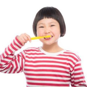 イヤイヤ期の手こずる歯磨き…。これが効いた‼楽しく歯磨きする5つの技。
