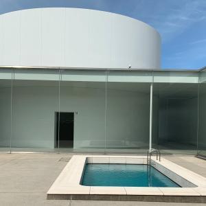 「金沢21世紀美術館(まるびぃ)」のみどころやアクセス、駐車場からランチまでアート初心者が調べました!