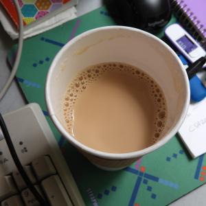 コーヒーのテイクアウトと今日の庭