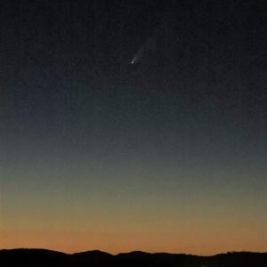 今が見頃のほうき星、ネオワイズ彗星