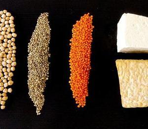 絹ごし豆腐と木綿豆腐 製造工程のちがい。栄養価の違いは?