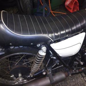 初心者でもわかるバイク整備! カワサキ 250TR FI バッテリー交換 編 LV1