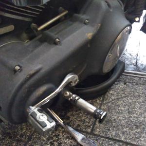 #バイク屋の日常 #ハーレーダビットソン #ストリートボブ #エンジンオイル交換 #20W50