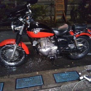 #バイク屋の日常 #カワサキ #エストレア #洗車 #冬
