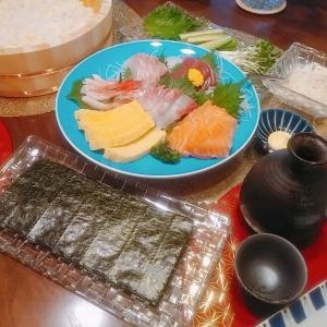 手巻き寿司と冷酒
