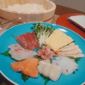 沖縄そばランチに手巻き寿司晩酌