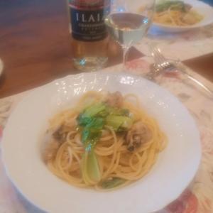 牡蠣とチンゲン菜のアーリオオーリオとお気に入りデイリーワイン