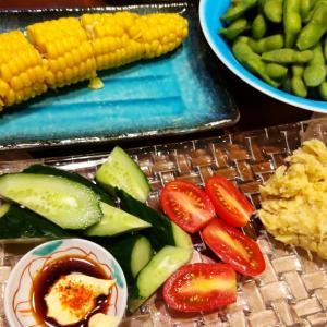 夏野菜と黒豚にビール、〆そばに日本酒