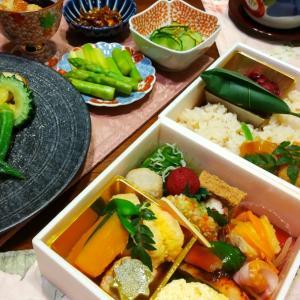 華やかお弁当に、蒸し寿司としじみ汁とお野菜いろいろ