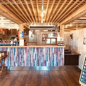 【宮古島の異国感あふれる】カフェ『あおぞらパーラー』非日常空間とインスタ映えスポットで作りたてスムージーを満喫