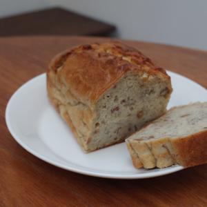 (レシピあり)小さな子どもと食べるお砂糖不使用のおやつ。ノンシュガーバナナケーキ