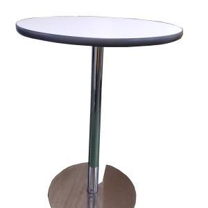 カフェテーブルレンタル