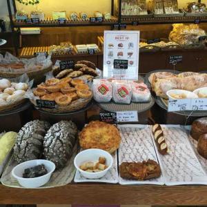アジトゲストハウス周辺情報 美味しいパン屋「화수분」