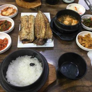 鐘路三街の焼き魚通り プリプリほくほくの焼き魚