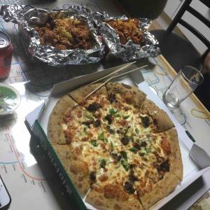 ゲストハウス周辺 懐かしいピザ「ピザマル」피자마루