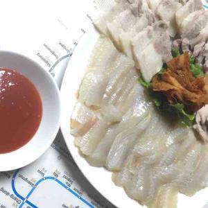 韓国料理 世界で2番目に臭いというホンオフェ 홍어회 を食べよう