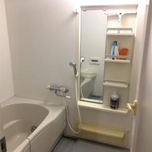 バスルームにはこれ一つ。全身用ベビーシャンプーですっきり