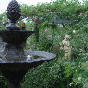 【台湾・台中】有名ガーデナーのお庭で花摘み