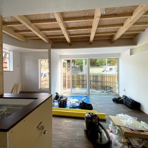 札幌市の二世帯住宅プロジェクトが竣工に向けて進んでいます。