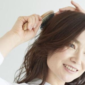 ブラッシングは頭皮の血行促進に有効?そもそもブラッシングは髪や地肌に必要なのか