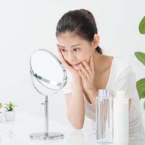 顔のたるみを2分で解消する簡単エクササイズ【動画偏】