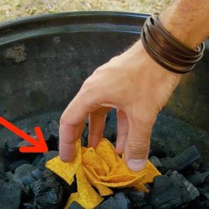 BBQのとき 炭の上にポテトチップスおく理由がコレだ!