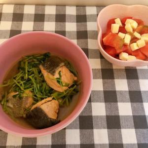 鮭と豆苗のみそ鍋&トマトサラダ