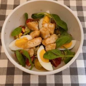鶏肉とブロッコリーの美肌サラダ