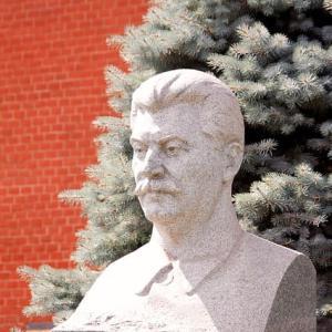 檜山良昭『スターリン暗殺計画』~一体どこまで史実なのか?【名作紹介】